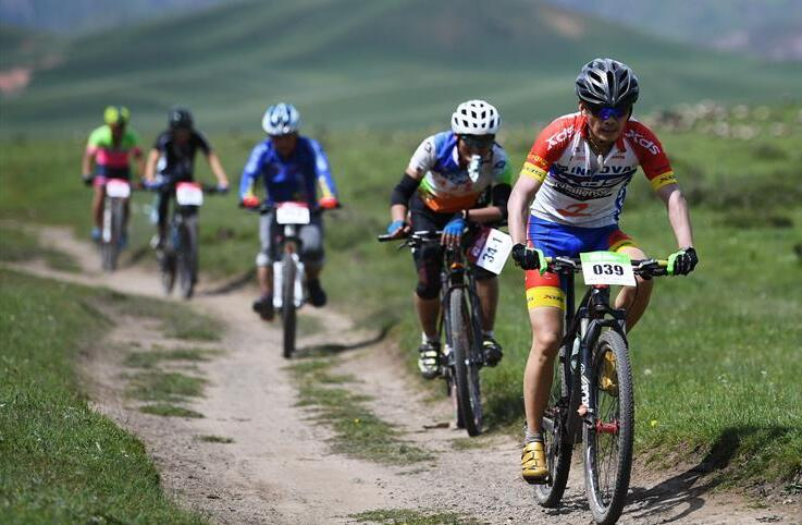 自行车——甘南藏地传奇自行车赛开赛